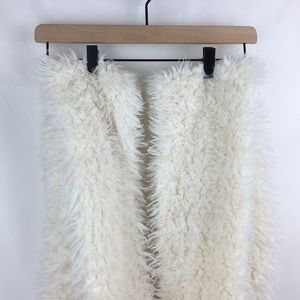 Free People white faux fur scarf